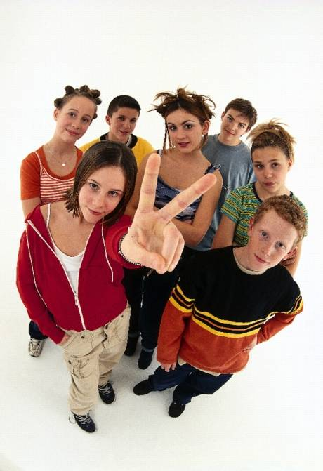 COMO INTERVENIR CON LOS Y LAS ADOLESCENTES CON PROBLEMAS