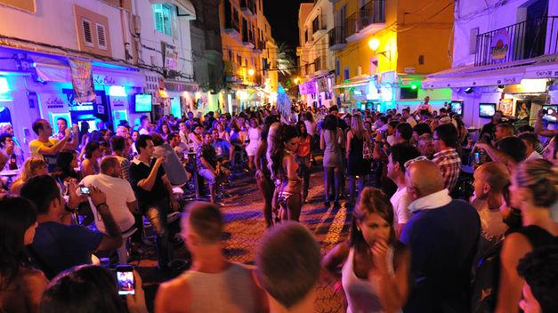Turismo-Ibiza_TINIMA20140630_0423_5