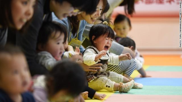 150102110006-japan-population-640x360