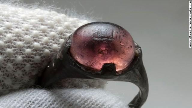 150319134054-arabic-finger-ring-viking1-story-top