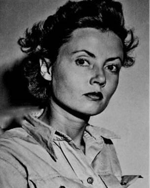 La belleza de Hasting llamó la atención de los medios. Pertenecía a la primera generación de mujeres que sirvieron en el ejército de EE.UU.