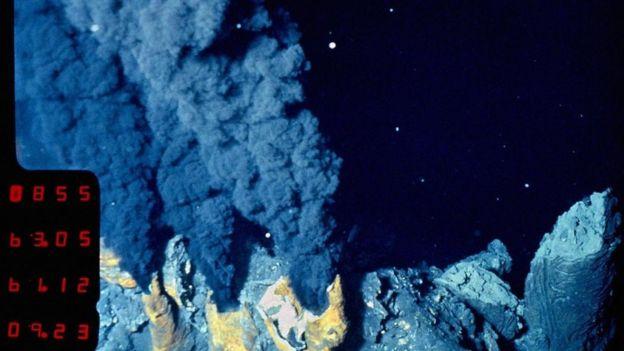 Las fuentes hidroterminales hacen posible la existencia de unas criaturas verdaderamente extremas.